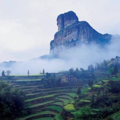 崂山风景名胜区是海上名山和道教圣地