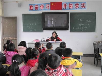 今天,能有收获,源于县教育局、各学校对小记者工作的高度重视,